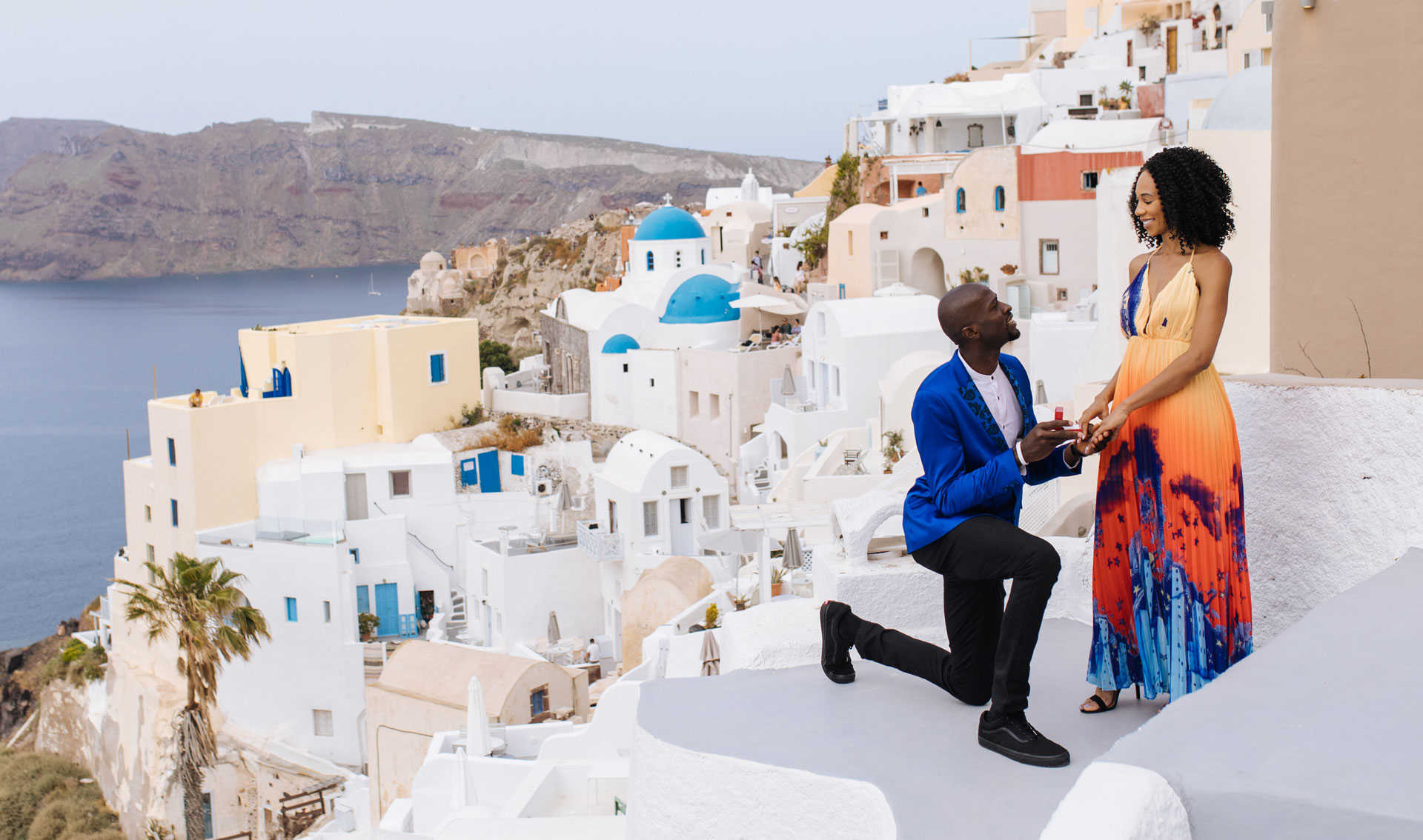 groom proposes to bride in Morocco