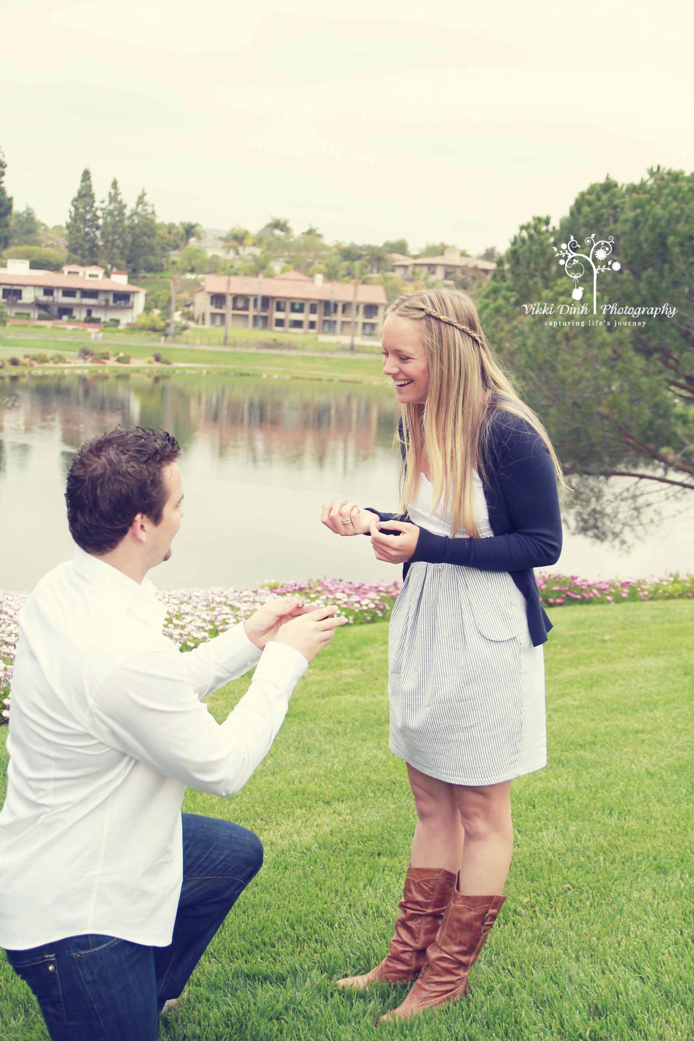 Surprise proposal at photo shoot for Surprise engagement photo shoot