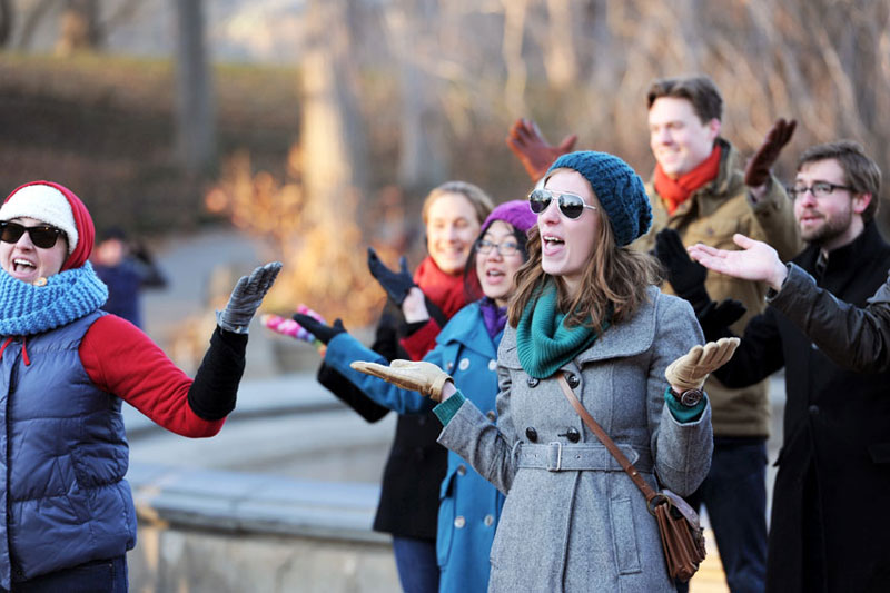 04-mikkelpaige-central_park_flash_mob_proposal_nyc_wedding_photographer