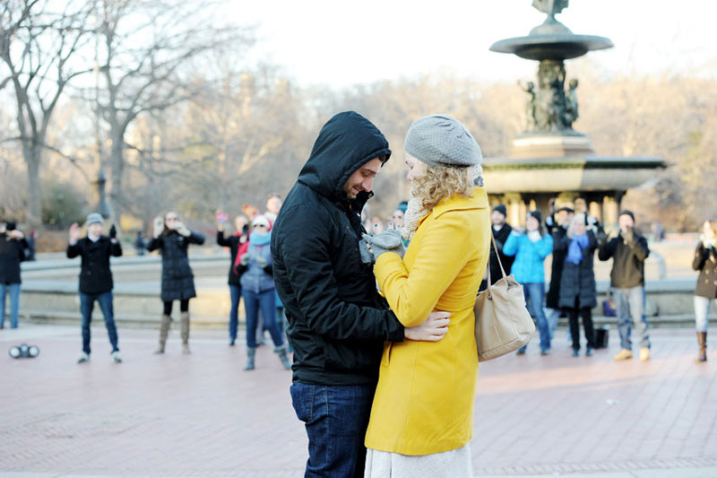 09-mikkelpaige-central_park_flash_mob_proposal_nyc_wedding_photographer