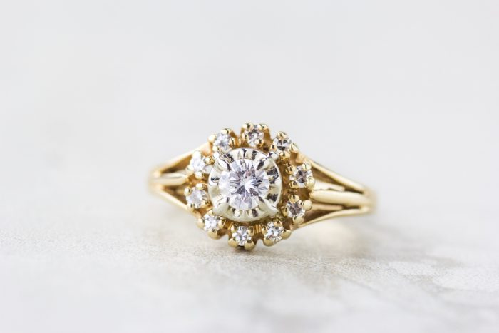 round vintage gold ring