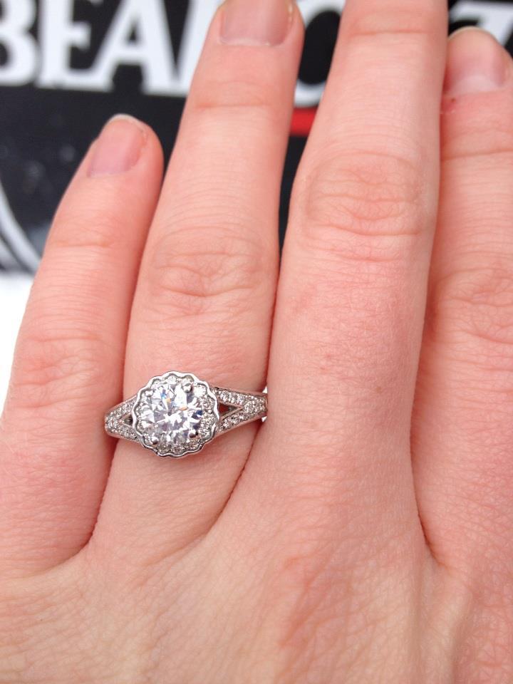Engagement Ring Round