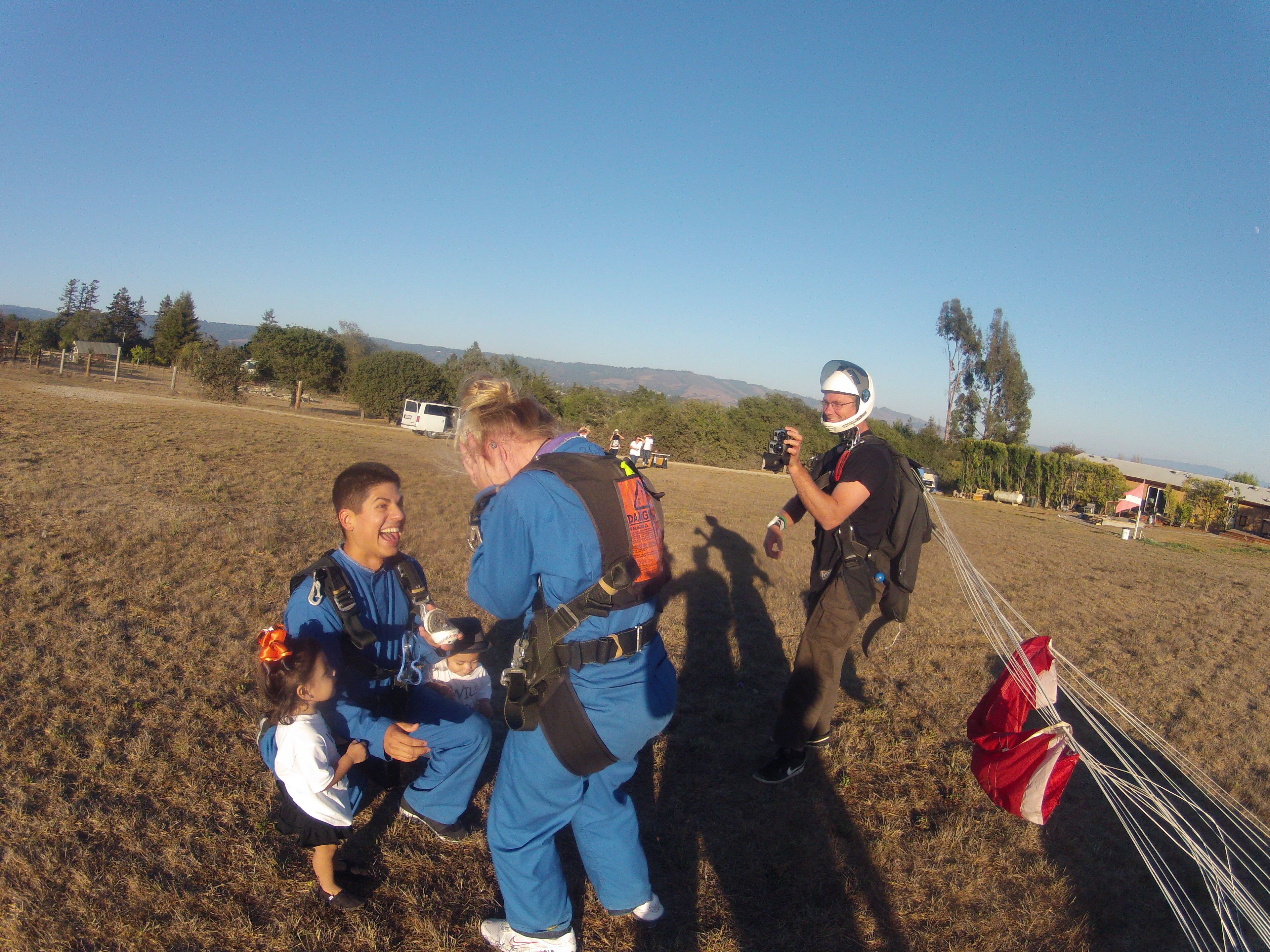 Image 9 of Sky Diving Marriage Proposal
