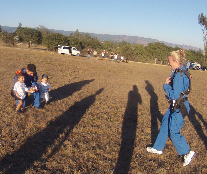 Image 6 of Sky Diving Marriage Proposal