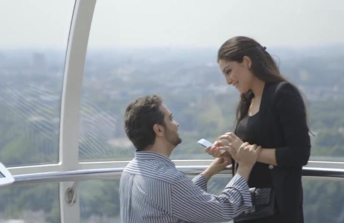 London Eye Marriage Proposal_18.55 PM