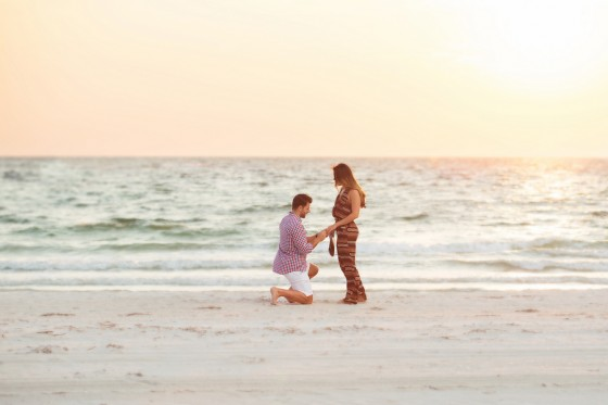 Marriage Proposal on the Beach_133667_low