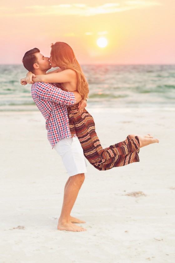 Marriage Proposal on the Beach_133804_low