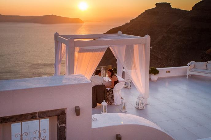 Image 10 of Julianne and Maik | Santorini Marriage Proposal