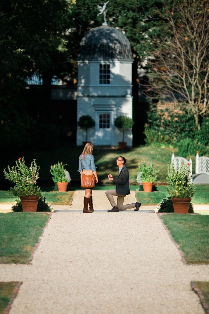 Romantic_Garden_Proposal_VictoriaSelman-4