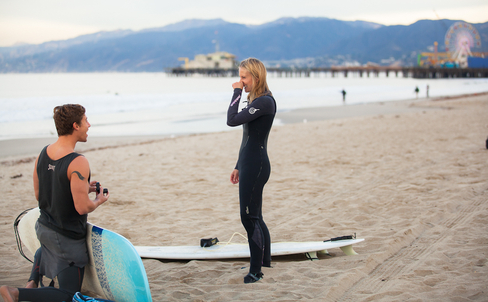 Surfing Marriage Proposal _ Cool Marriage Proposal Ideas_1096