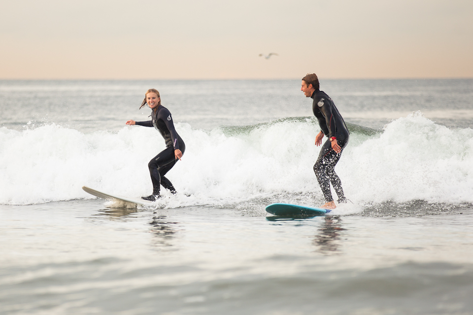 Surfing Marriage Proposal _ Cool Marriage Proposal Ideas_1406