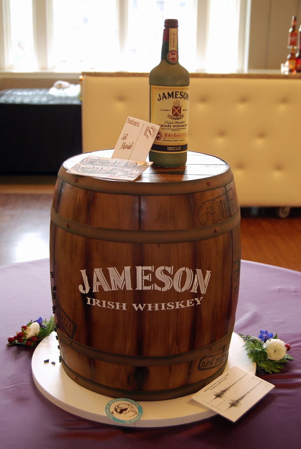 Whiskey Groom's CAke 2