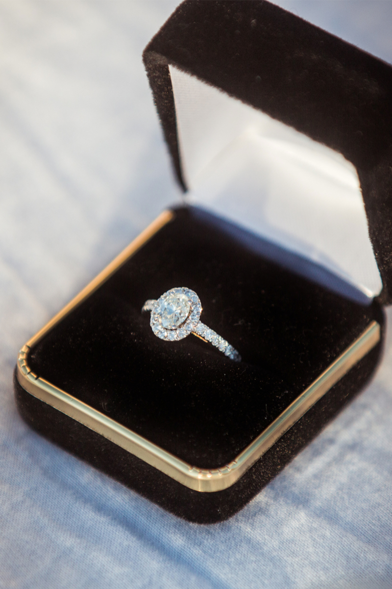 gorgeous oval engagement ring