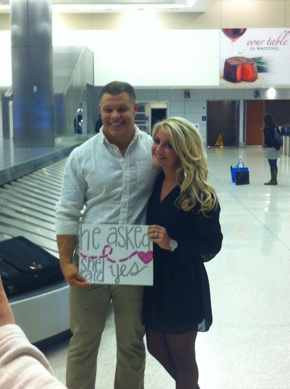 Airport Marriage Proposal_8