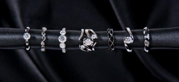 Extreme wedding rings
