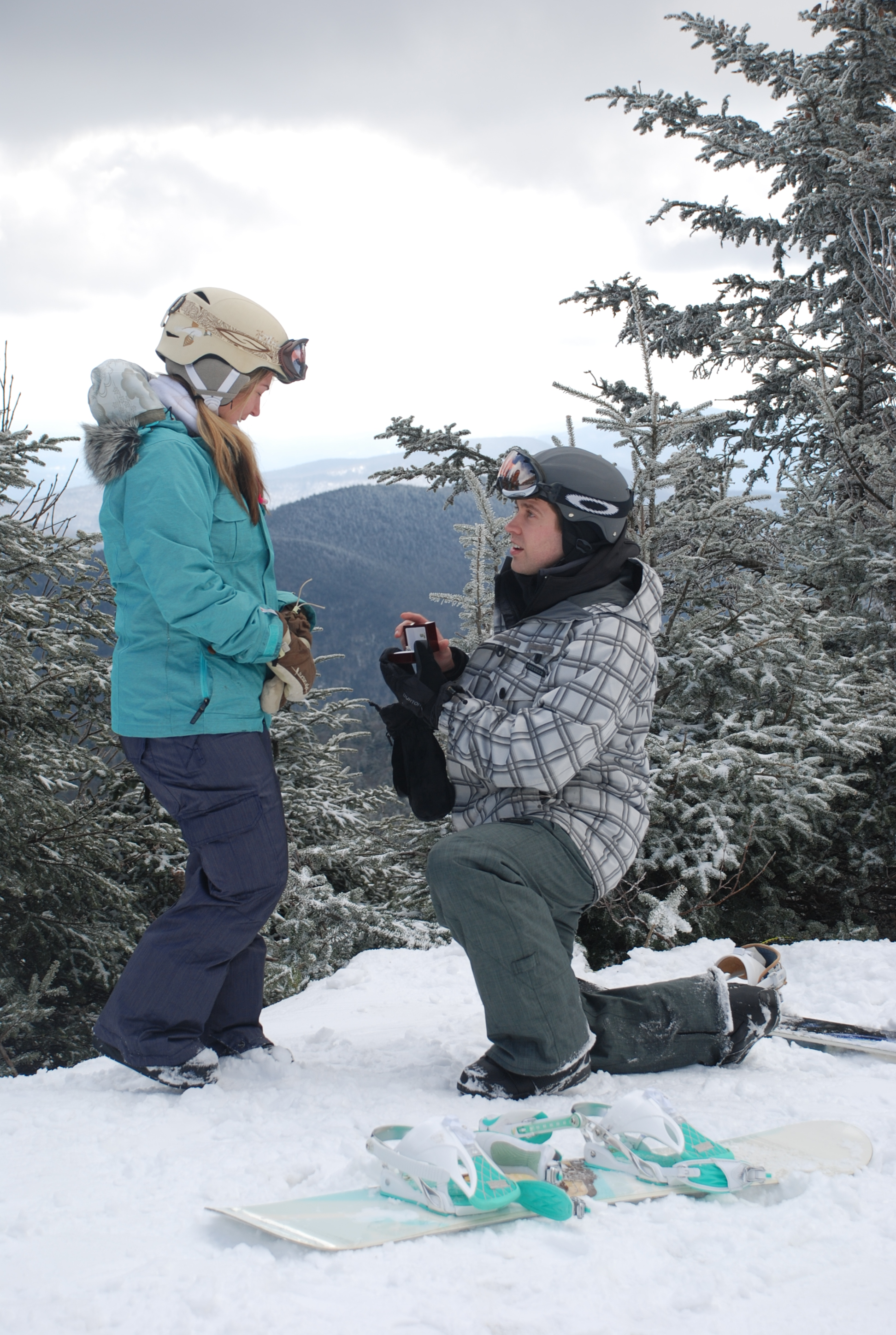 Image 2 of Kate and Chris | Snowboard Proposal