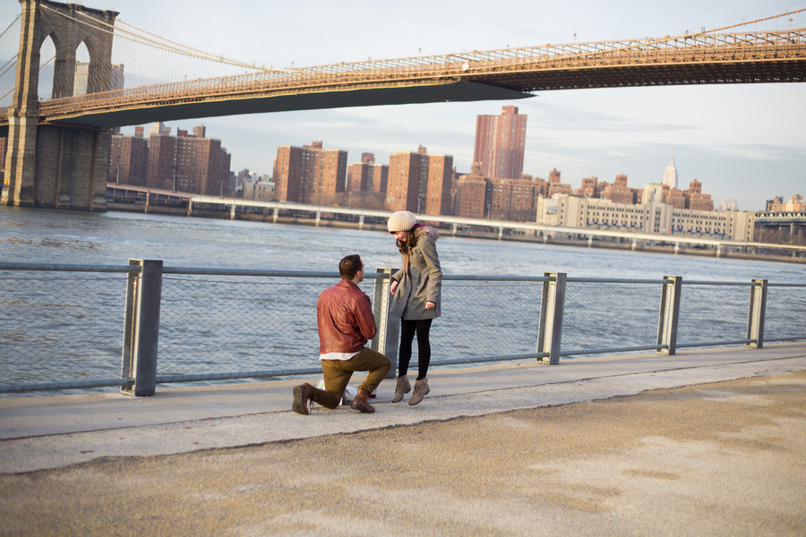 Proposal Photography in Brooklyn and Manhattan_ Proposal at the Brooklyn Bridge_7of39_low