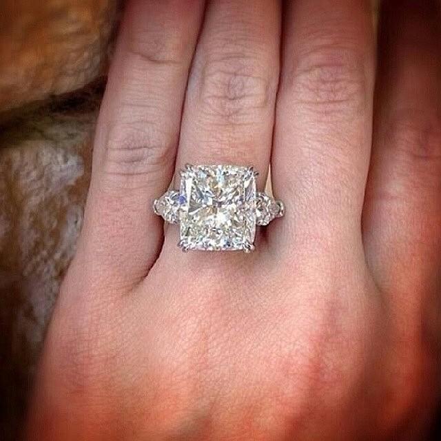 best engagement rings on instagram 27