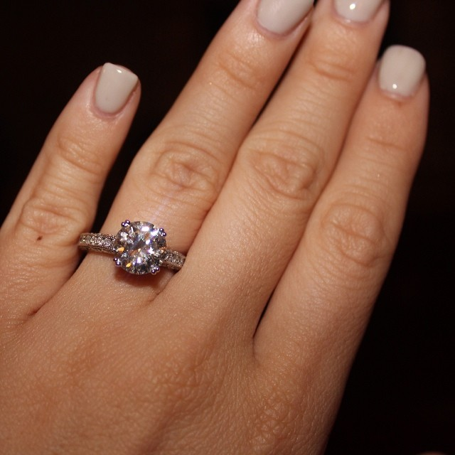 best engagement rings on instagram_23