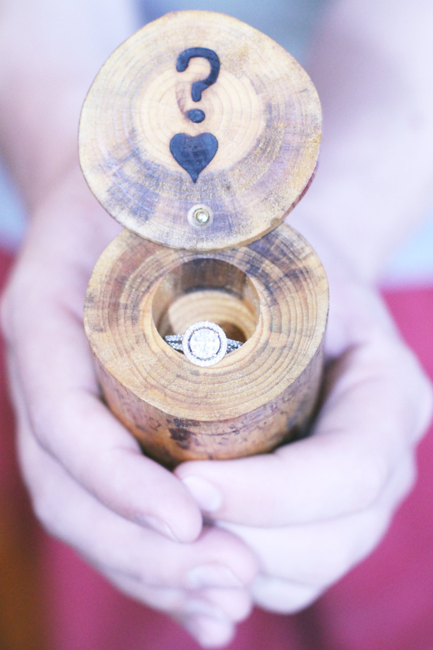 15 truly unique engagement ring boxes
