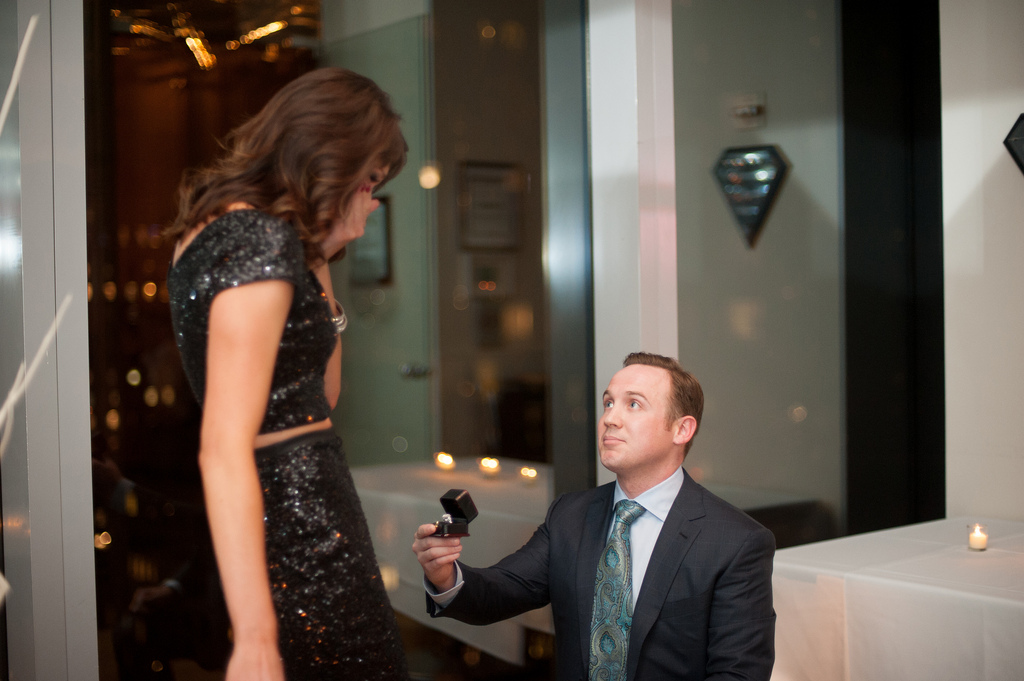 engagement-video-ideas_cute-marriage-proposal-ideas_33
