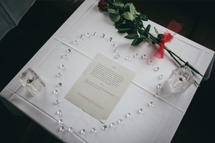 scavenger hunt marriage proposal-27