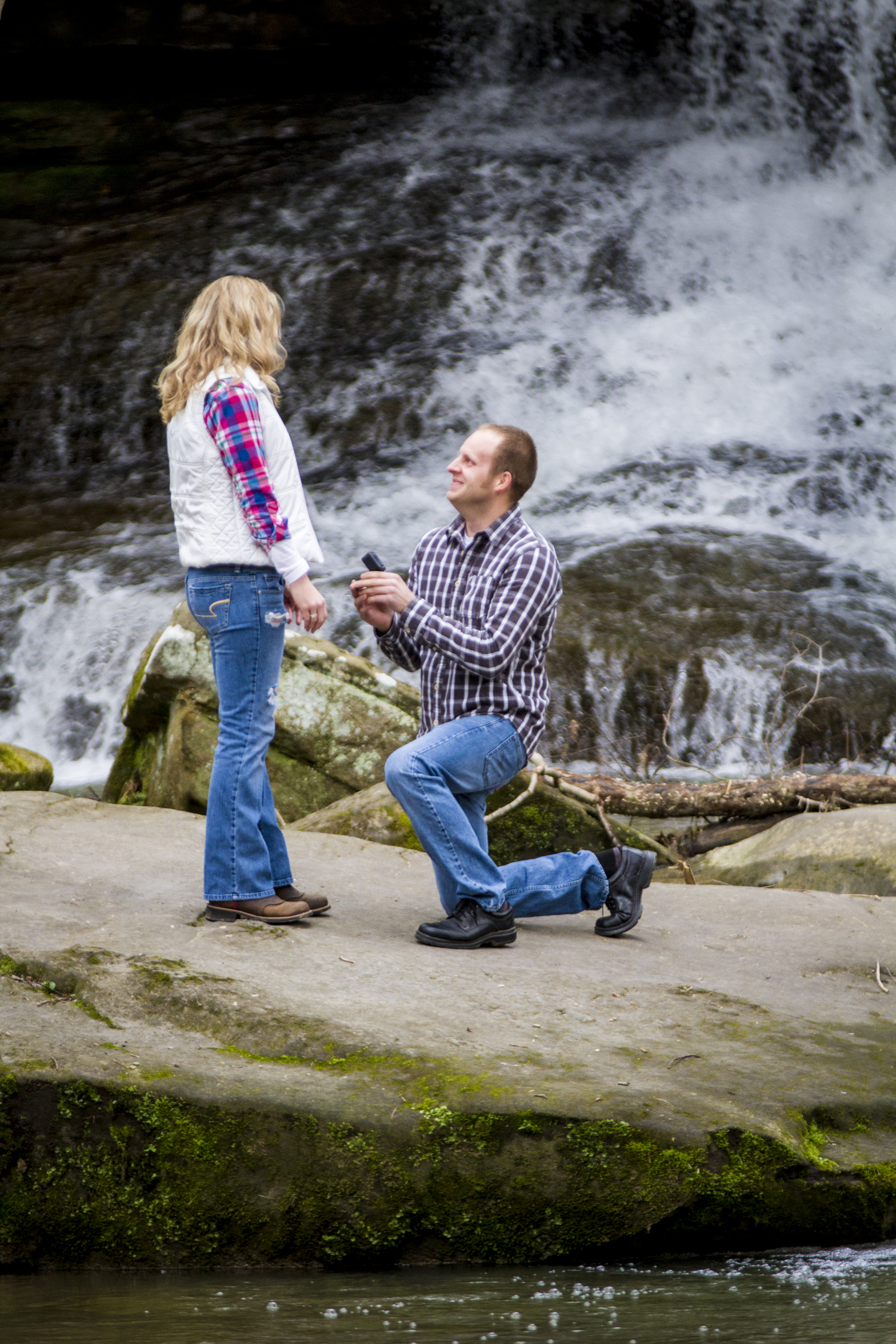 waterfall marriage proposal nature proposal ideas