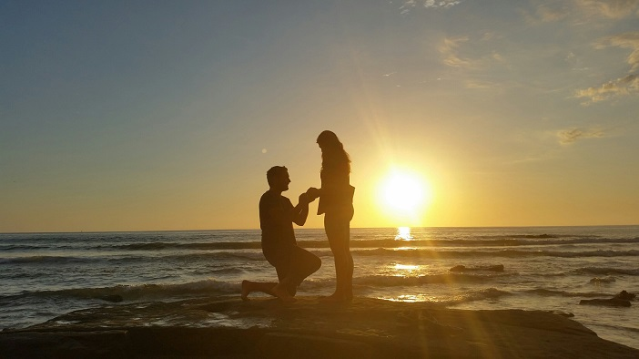 Beautiful Beach Proposal Idea (1)