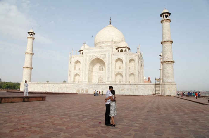 Taj Mahal proposal (6)