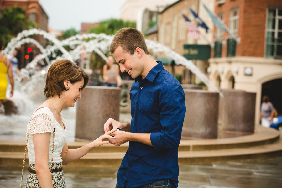 Couple recreates first date for marriage proposal (18)