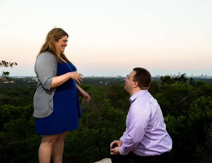Marriage Proposal on Mount Bonnell (11)
