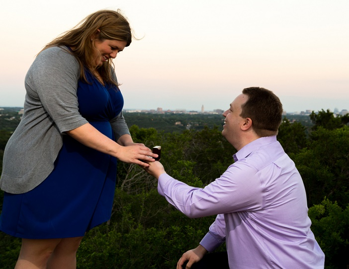 Marriage Proposal on Mount Bonnell (13)