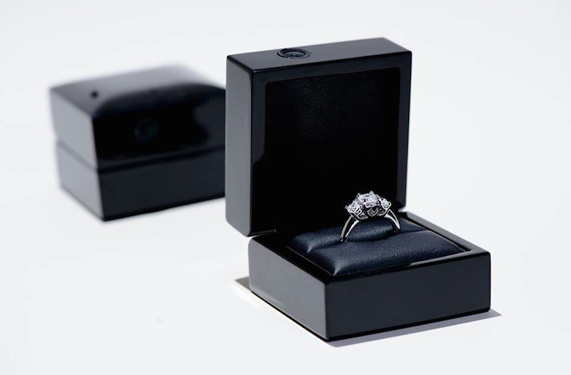 Image 10 of Unique Engagement Ring Boxes You'll Want Immediately