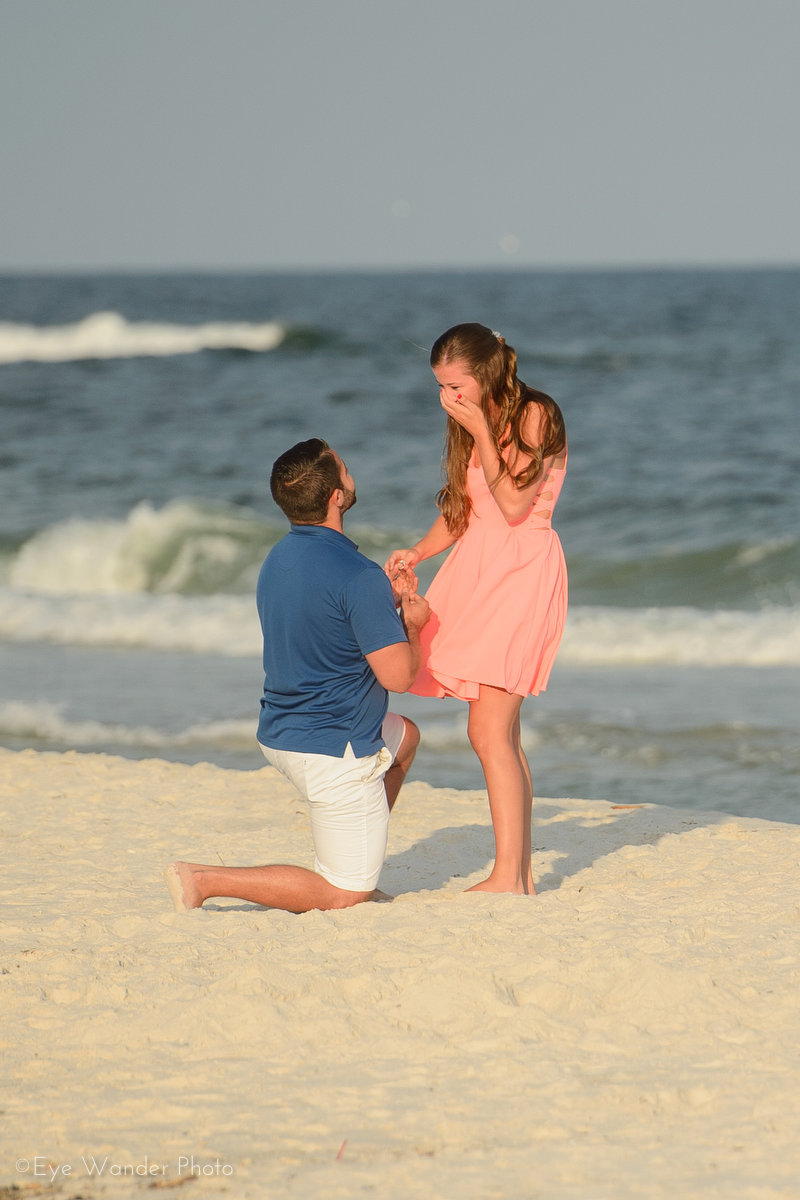 Beautiful Beach Proposal (5)