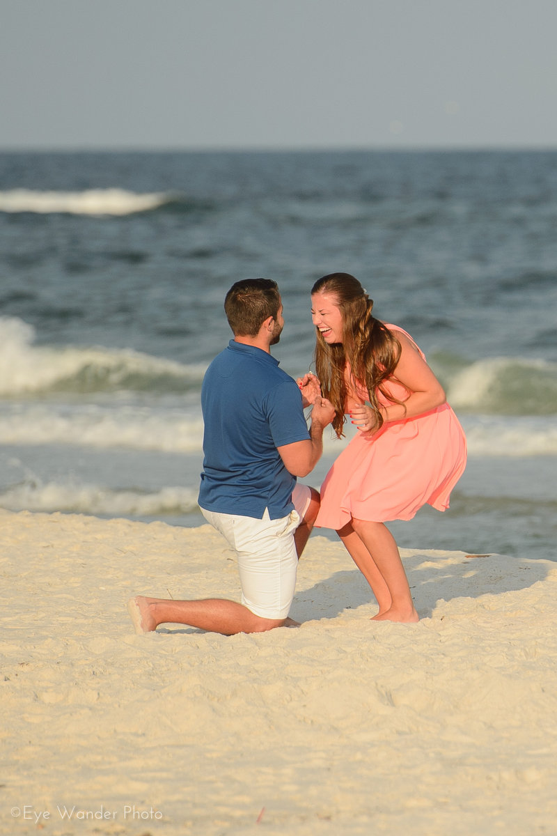 Beautiful Beach Proposal (6)