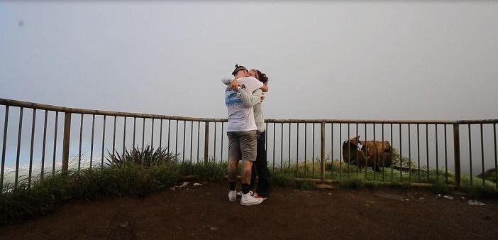 Image 10 of Nicole and Ste's Haiku Stairs Proposal