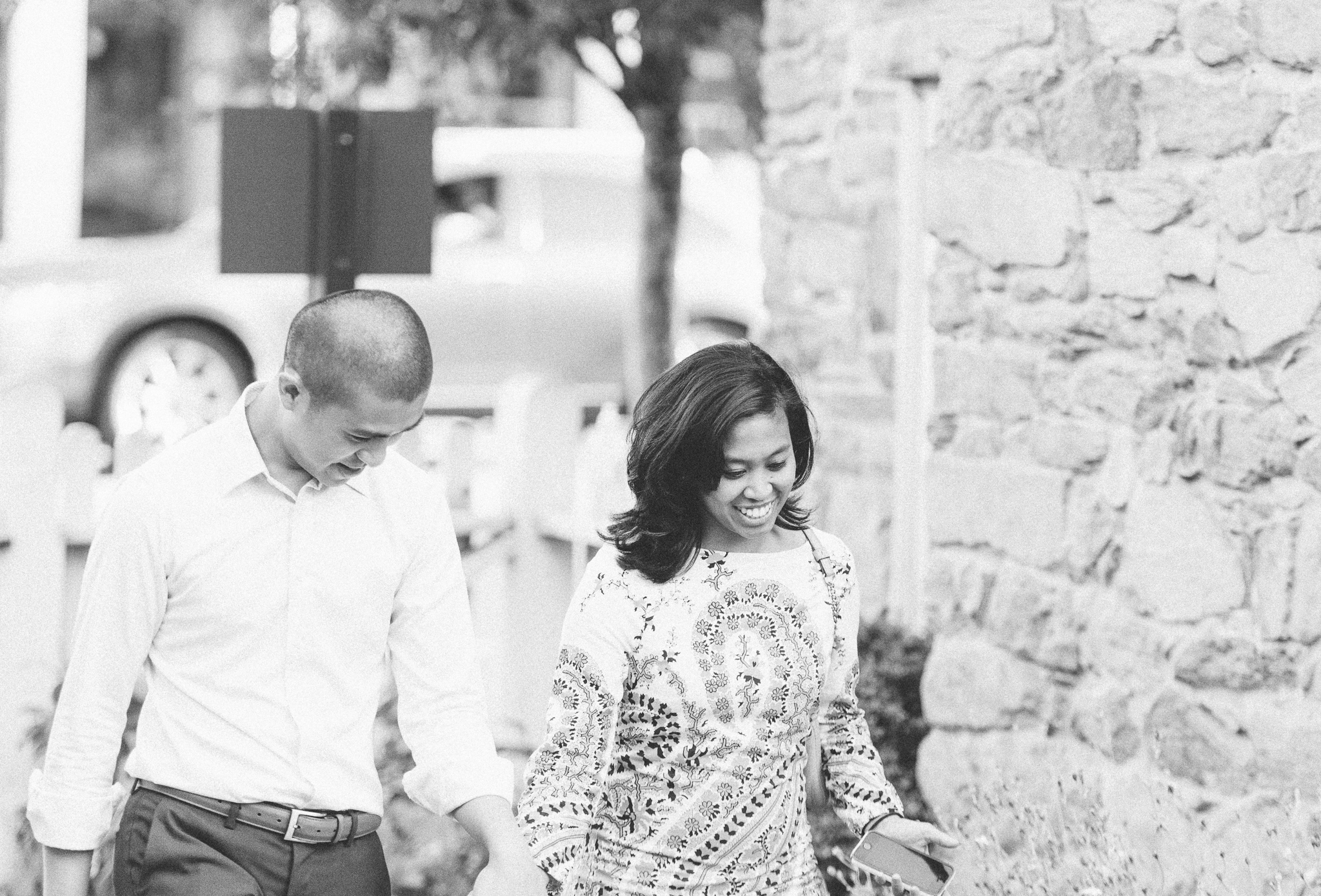 old-stone-house-garden-georgetown-proposal-dc-wedding-photographer-7