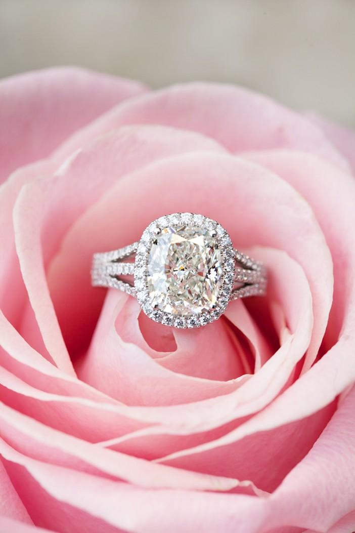 ring_pinkrose_corinav