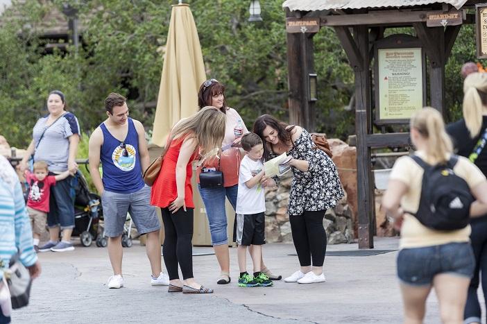 Disneyland Scavenger Hunt Proposal (10)