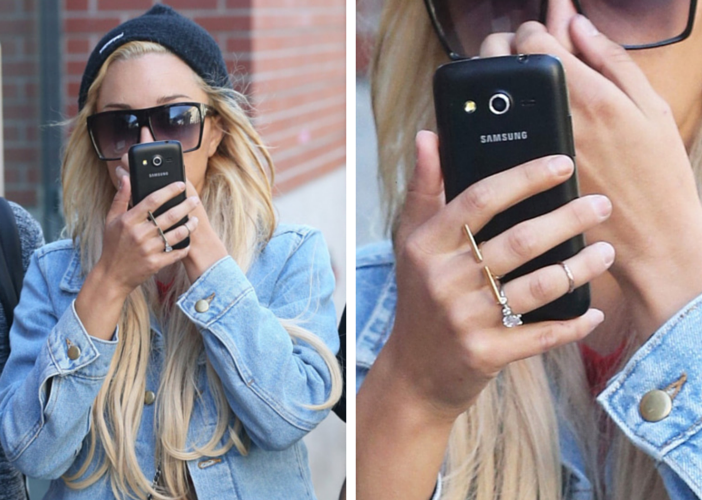 amanda-bynes-hides-her-face-flashes-diamond-ring-after-engagement