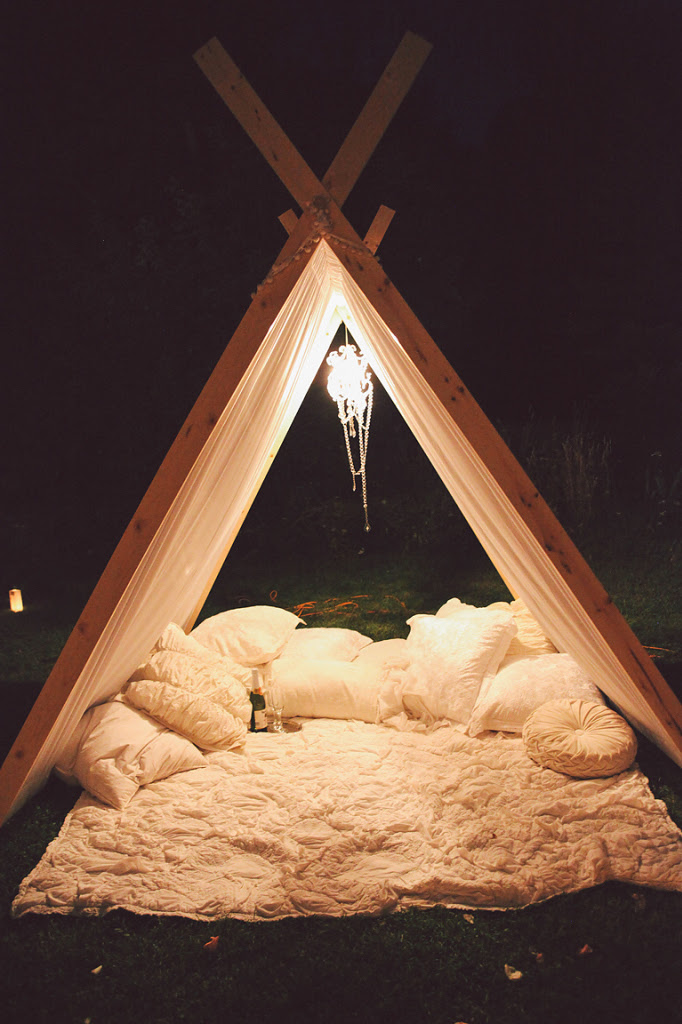 Beautiful Front Lawn Teepee Proposal (12)