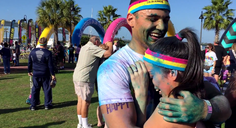 marriage proposal at color run 2