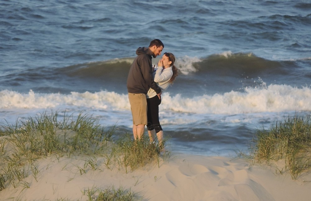 Image 5 of Marissa and Jared's Outer Banks Proposal