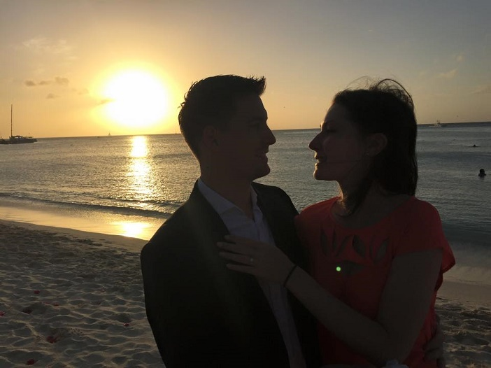 Romantic Video Proposal on the beach (1)