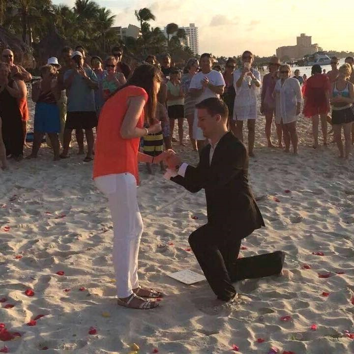 Romantic Video Proposal on the beach (4)