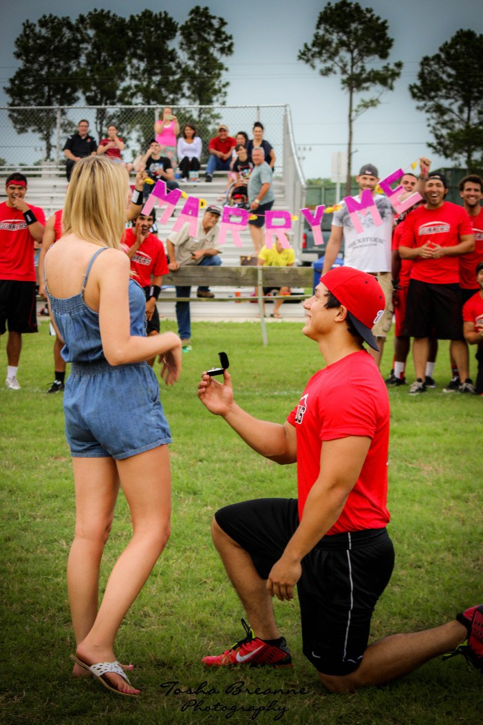 flag-football-marriage-proposal-2