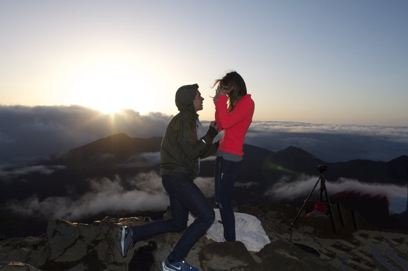 Image 2 of Veronica and Michael's Hawaiian Proposal