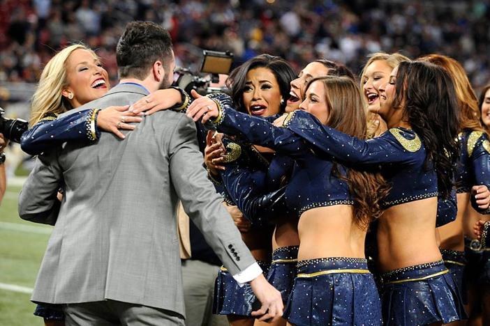 st louis rams marriage proposal_ cheerleader proposal on field_ips 5
