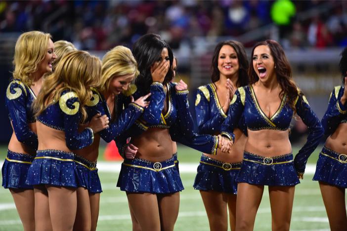 st louis rams marriage proposal_ cheerleader proposal on field_vak 5