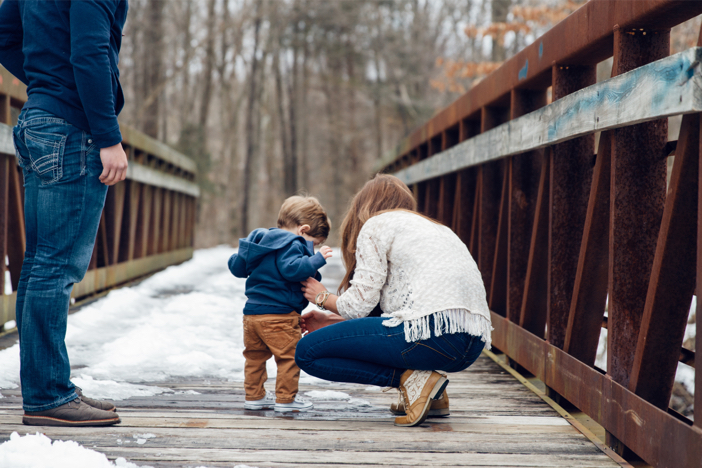 Image 3 of The Cutest One Year Old Helps Dad Propose To His Mom